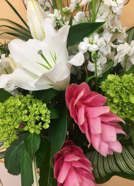 bouquet lys et fleur rose